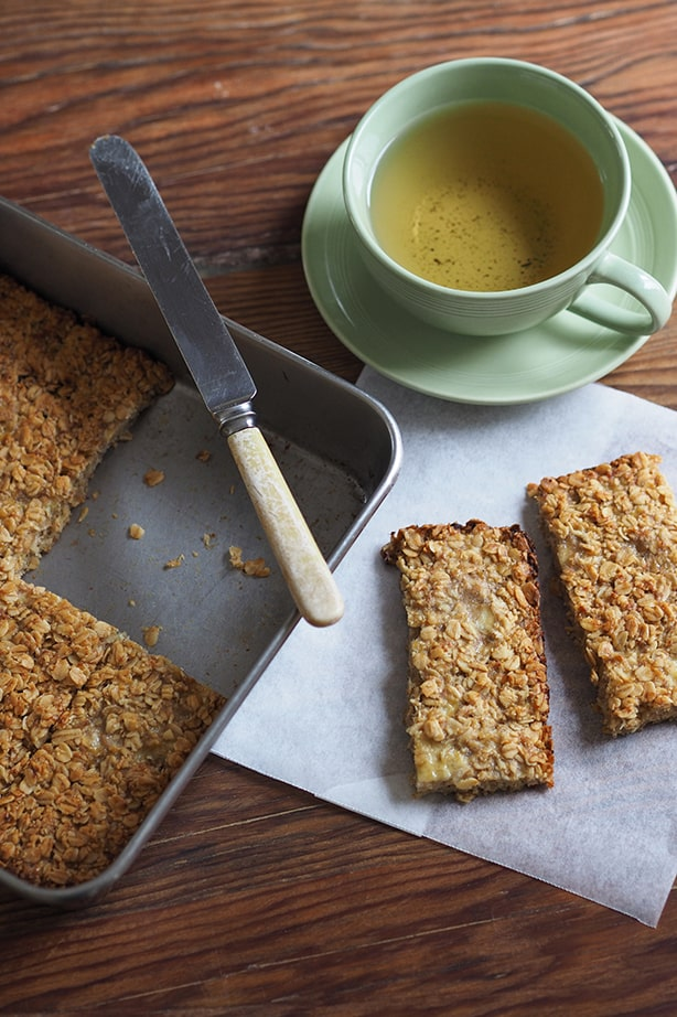 Banana oat bars by Brydie Piaf