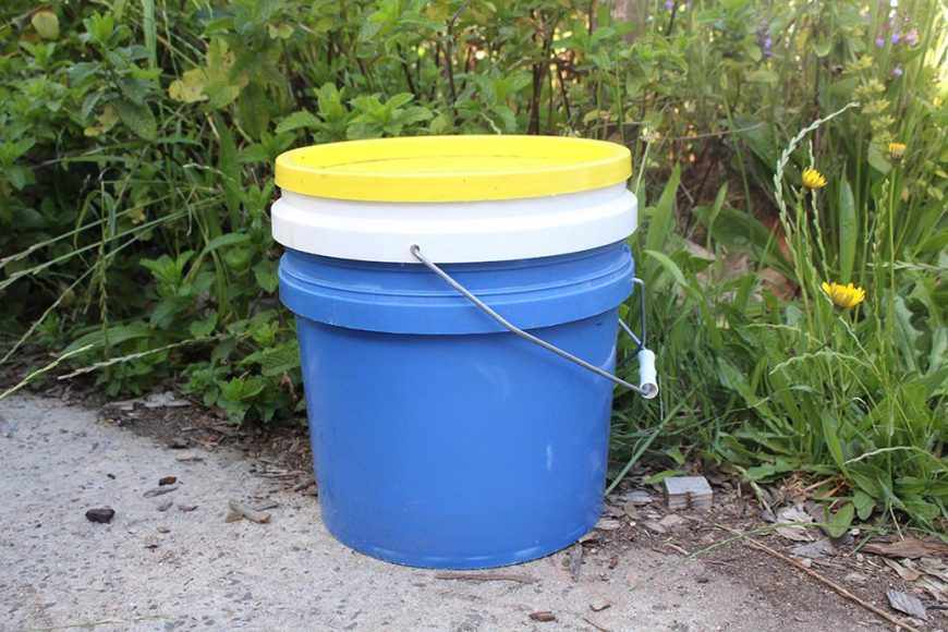 How to Make Your Own Bokashi Bucket